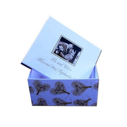 unique gift idea London Essex personalised anniversary keepsake medium memory box