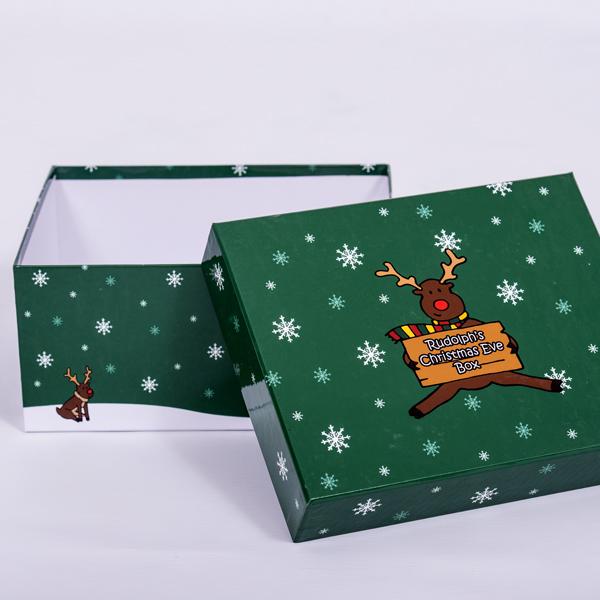 unique Christmas gift idea London Essex personalised Christmas Eve keepsake memory box